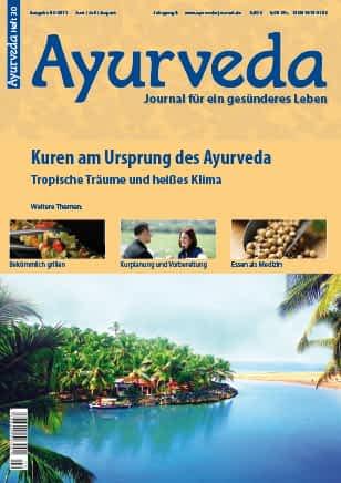 Titelseite des Ayurveda Journals Ausgabe 30. Auf dem orangen Cover sieht man das hellblaue Meer, eine Insel die mit Palmen bewachsen ist und eine lange Sandbank.