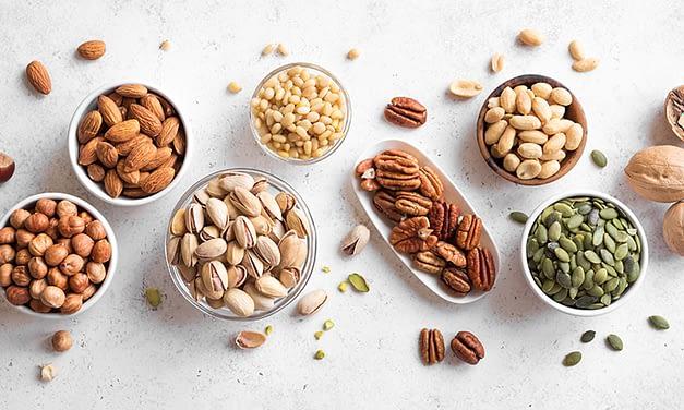 Nährende Nüsse – Vata-Tonikum im Herbst