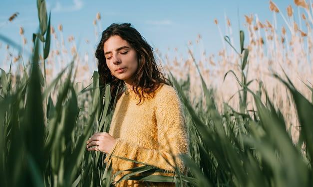 Bringen Sie Ihren Stoffwechsel in Schwung: sieben Agni-Booster für das Frühjahr